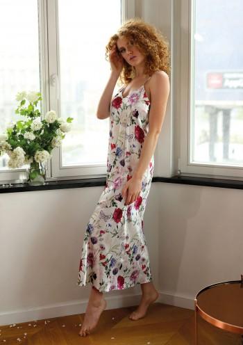 Petticoat Flowers DK - HI 12